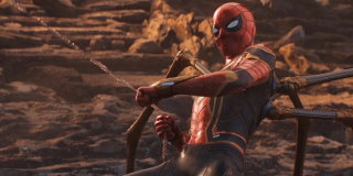 Tony Stark umrze ale na zawsze pozostanie jako głos w kostiumie Spider-Mana - stanie się więc poniekąd nową wersją Jarvisa