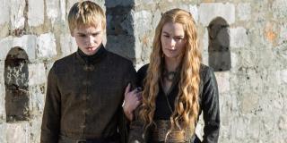 Cersei udaje ciążę, natomiast ma w niej znajdować się Daenerys - jej dziecko będzie pierwszym przywódcą Westeros po pokonaniu Nocnego Króla
