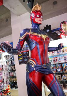 Endgame - strój Kapitan Marvel