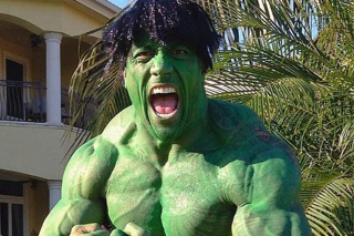 Dwayne Johnson (Hulk)