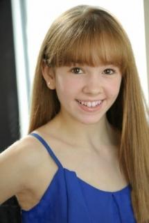 Holly Taylor