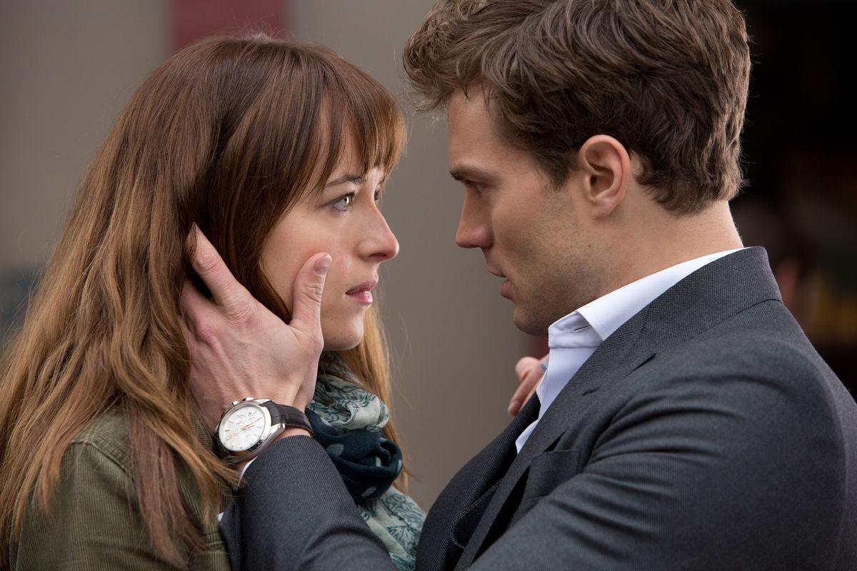 """Box Office: Gigantyczny spadek filmu """"Pięćdziesiąt twarzy Greya"""