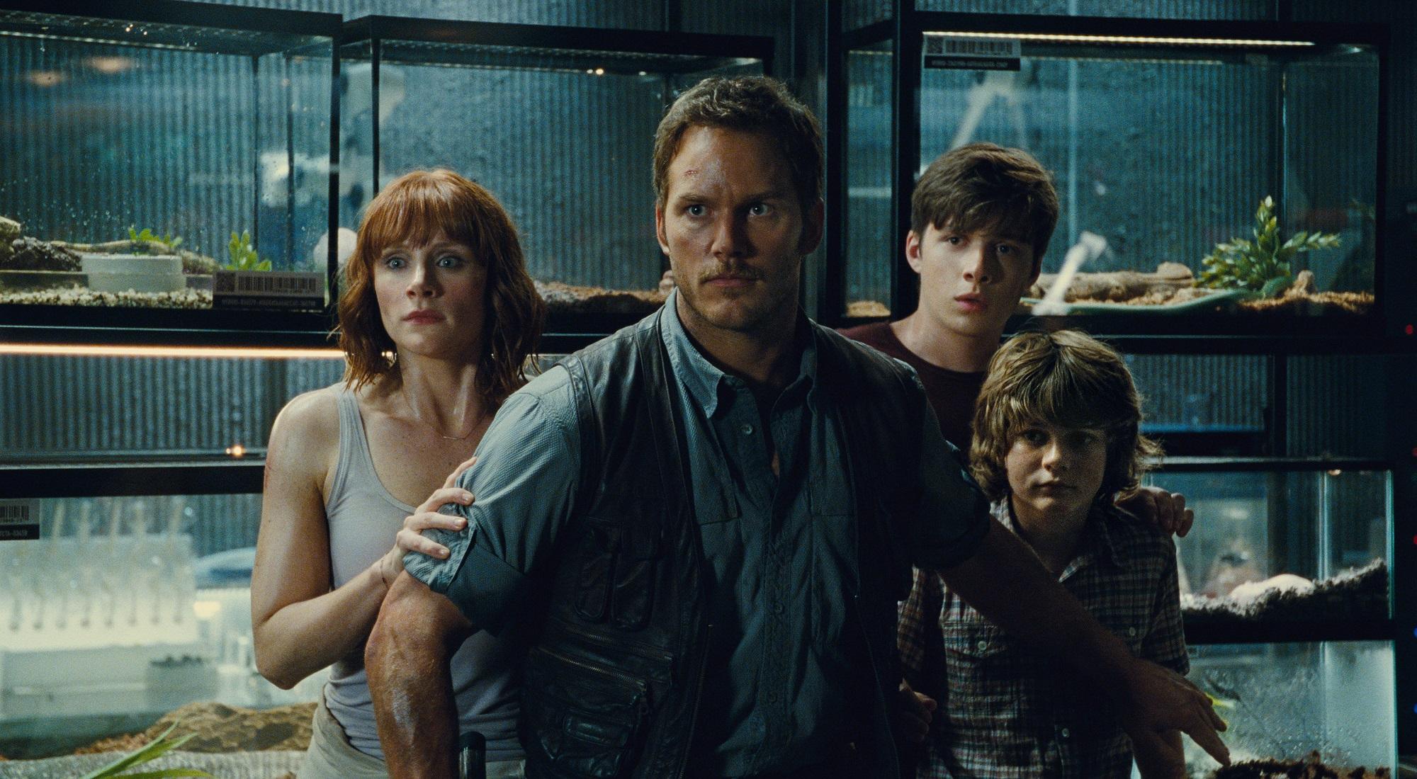 """Box Office: """"Jurassic World"""" znów bije rekordy. """"Ted 2"""" rozczarowuje"""