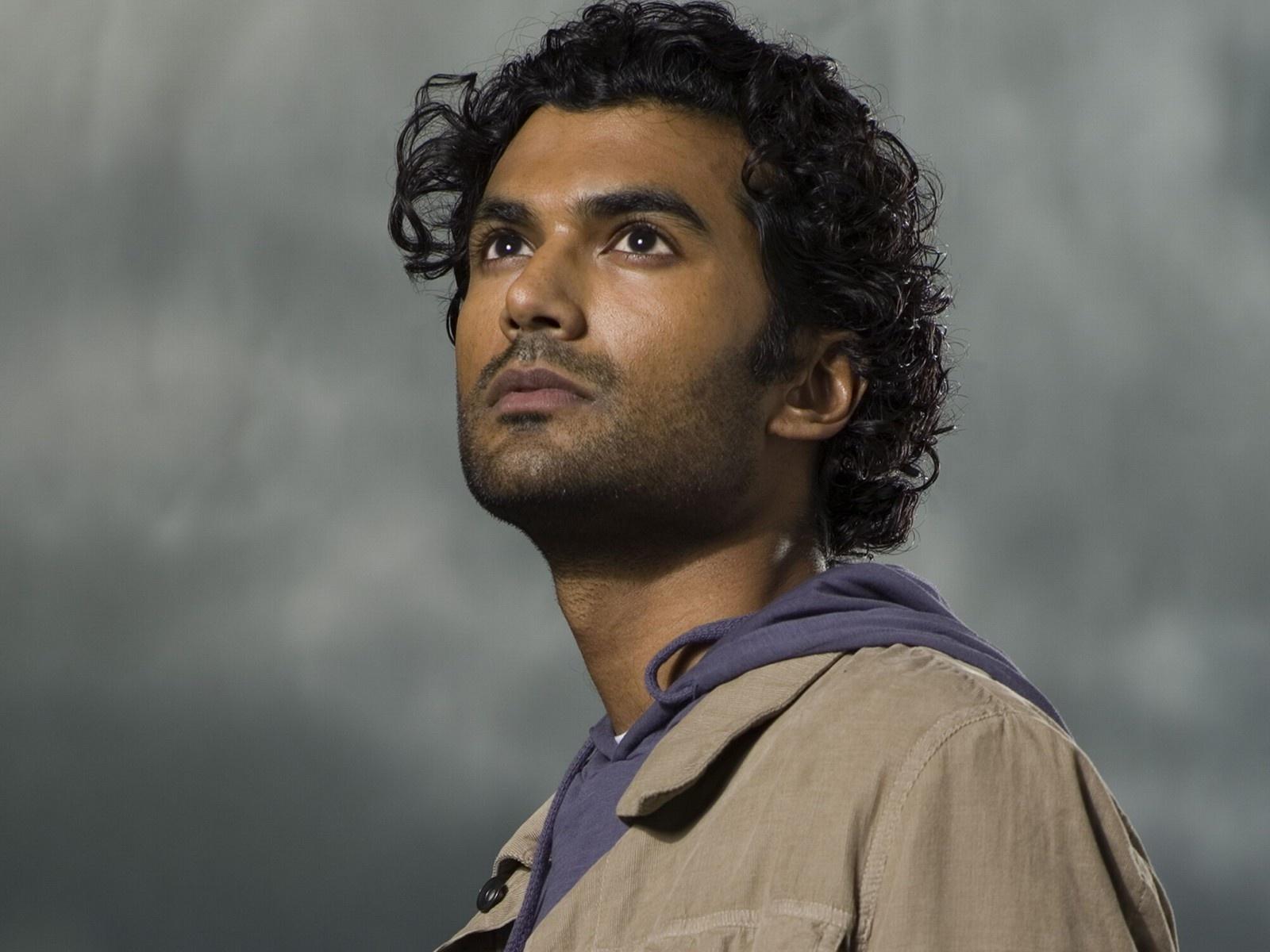 """Sendhil Ramamurthy w obsadzie """"Heroes Reborn"""""""