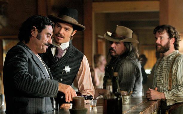Deadwood – Ian McShane zapowiada nowy film. Czy będzie kontynuacja?