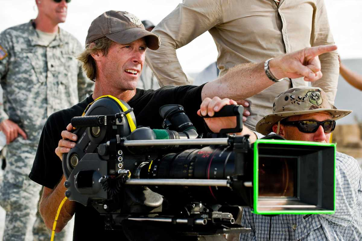 Michael Bay na planie Transformers