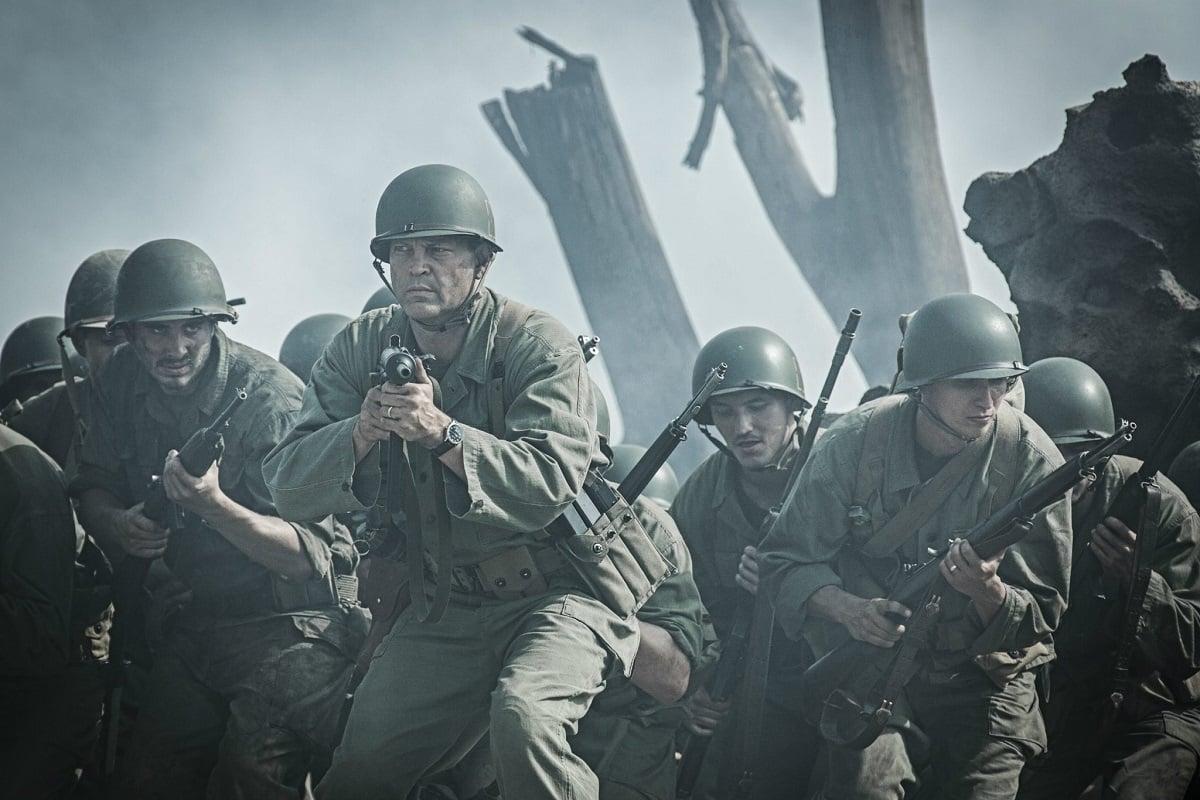 Kadr z filmu Przełęcz ocalonych