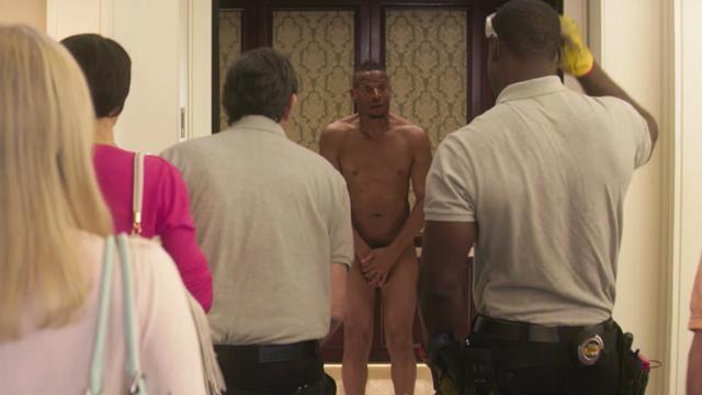 Naked – zwiastun komedii Netflixa o gołym facecie w windzie