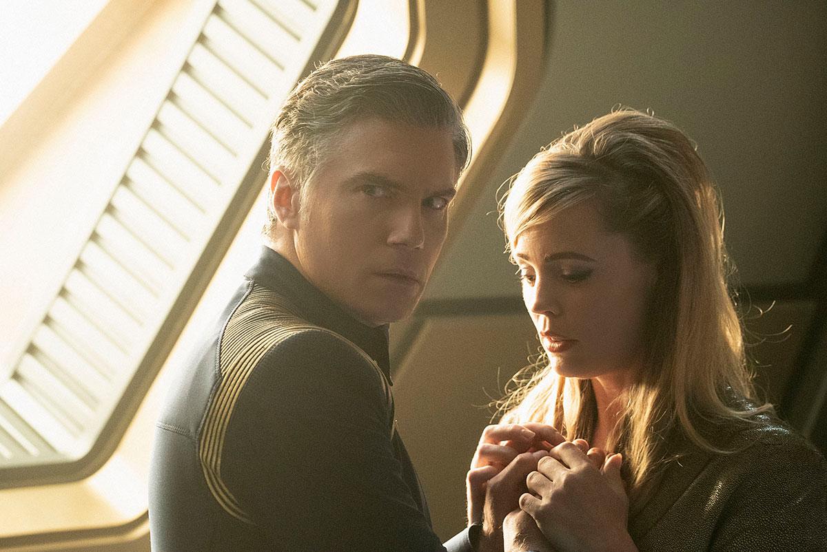 Pike'a i Vinę łączy szczególna relacja. Pojawienie się tej postaci to kolejne już w drugim sezonie Discovery bezpośrednie nawiązanie do Oryginalnej serii. / foto.CBS