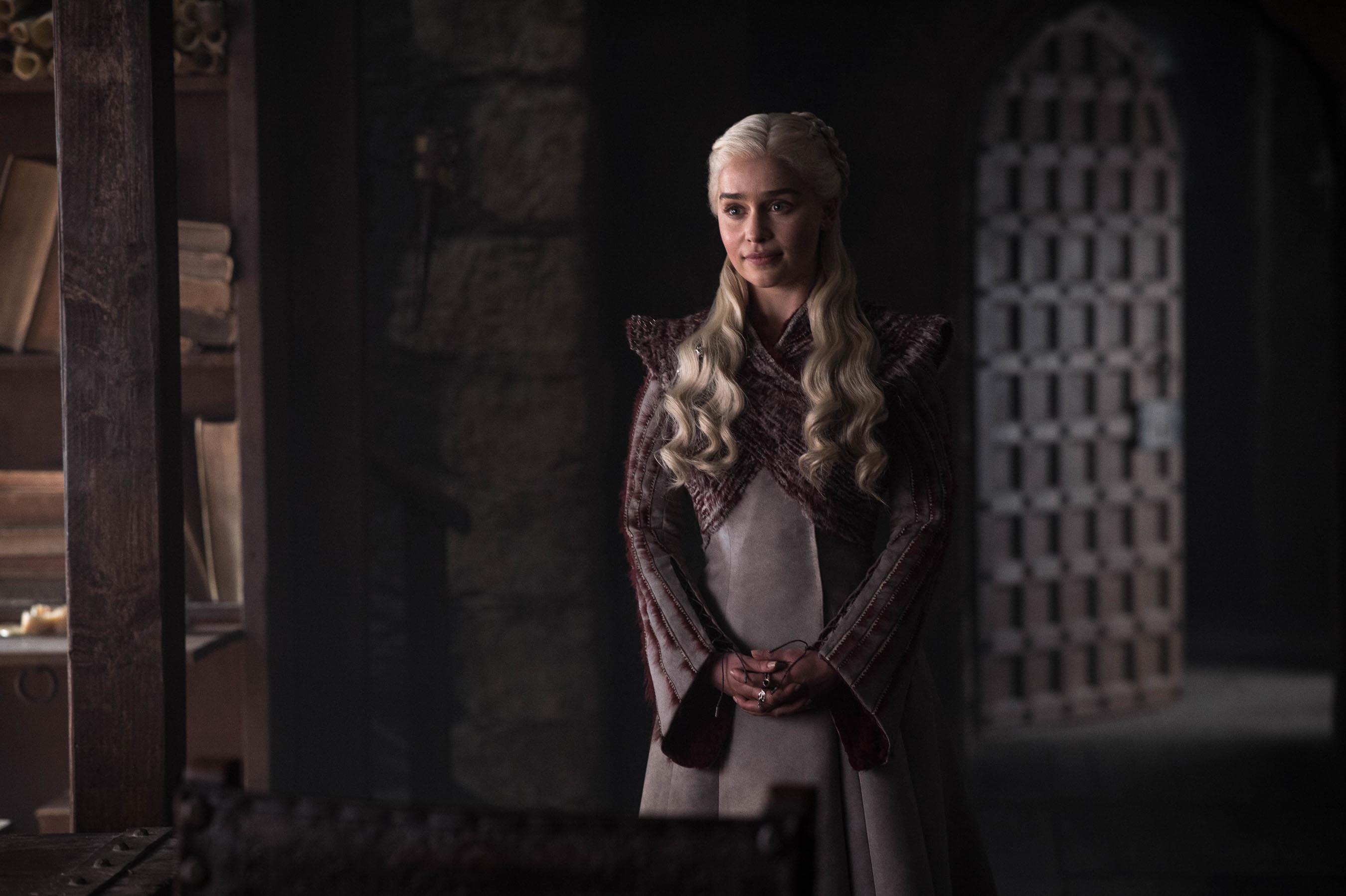 Gra o tron - kubek ze Starbucksa w serialu. HBO komentuje sytuację
