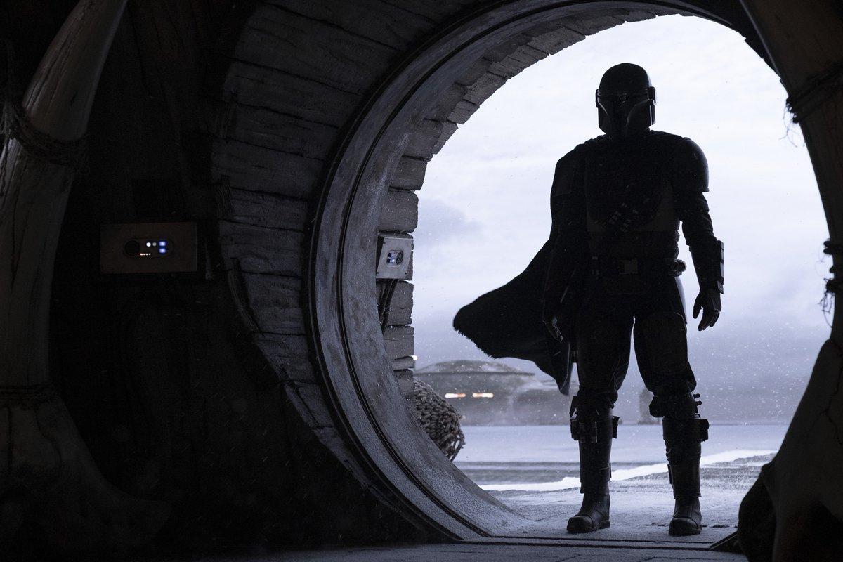 The Mandalorian - cały sezon od razu czy odcinek co tydzień?