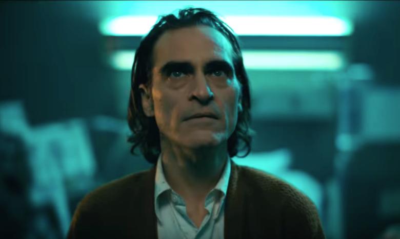Joker - ile kg zrzucił Phoenix do roli? Reżyser namawiał studio do eksperymentu
