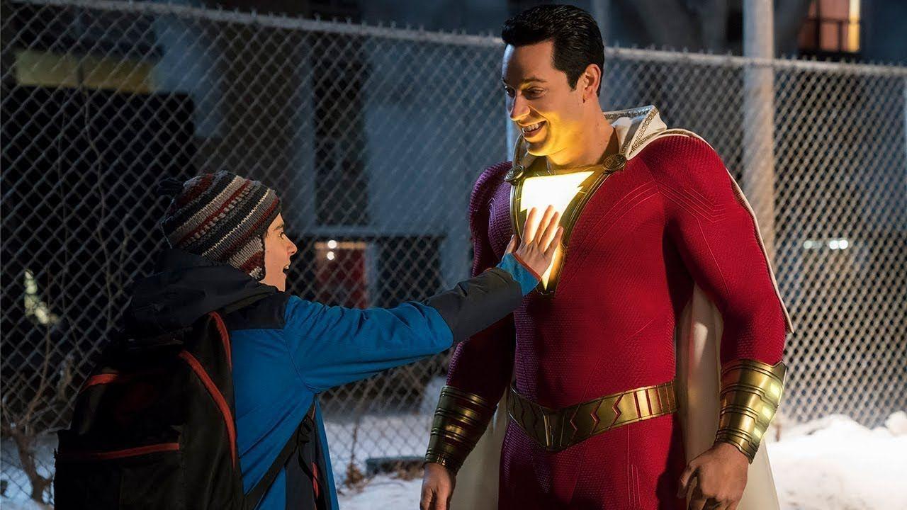 Shazam! 2 – Rachel Zegler w kostiumie na planie filmu DC. Zdjęcia i wideo